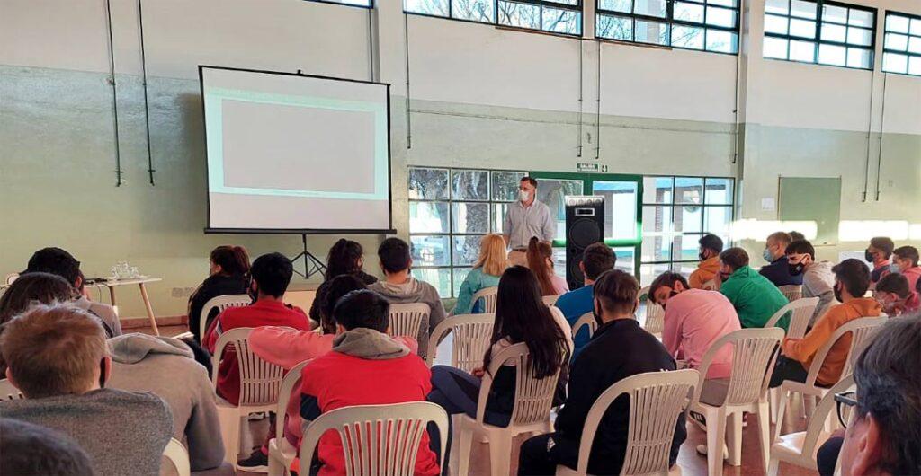 Mastellone Hnos. lanza un programa educativo destinado a escuelas agrotécnicas